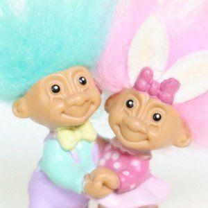 Tiny Dancing Troll Doll Pair, Russ Trolls